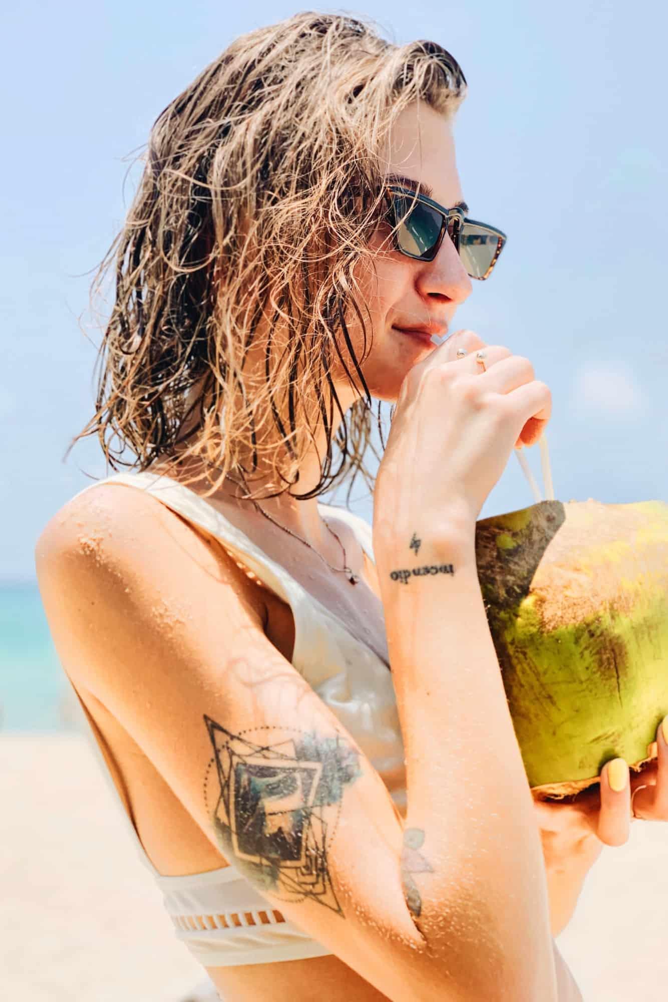 coconut-girl-tiktok-hp